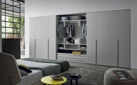 Wardrobes and walk-in closets